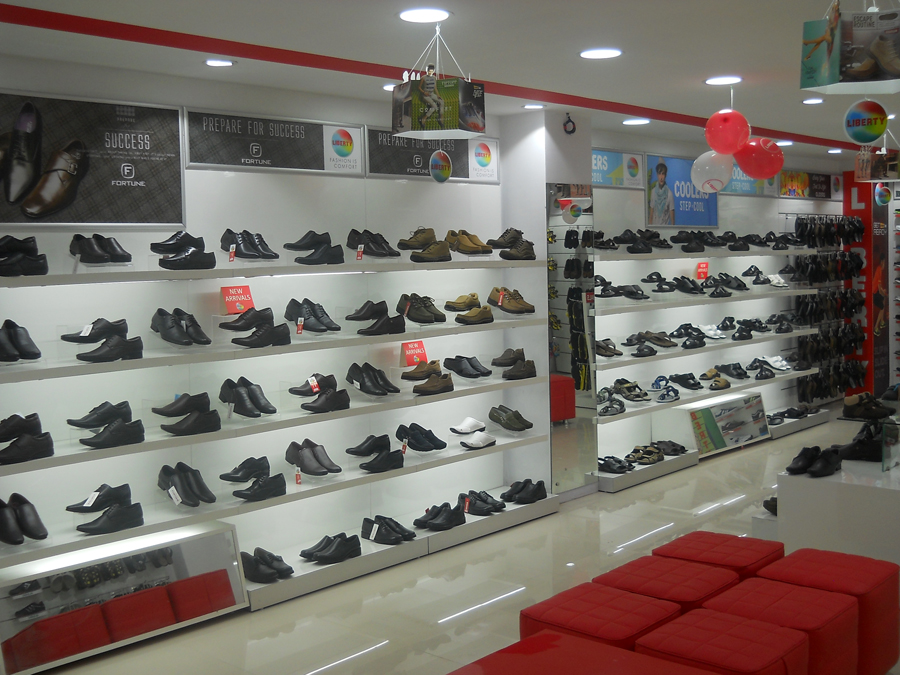 Liberty shoes launches an exclusive showroom on Hall road, Jaipur, Rajasthan unveiling its spruce and dapper footwear collection!