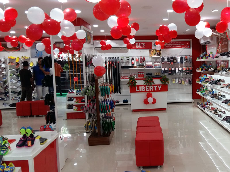 Liberty footwear unveils its new collection in Surat by opening an exclusive showroom in the high street shopping area of Surat Bhagatalav main road situated in Gujarat. The store was launched on 1st August, 2015 exhibiting the fresh and rejuvenated collection.